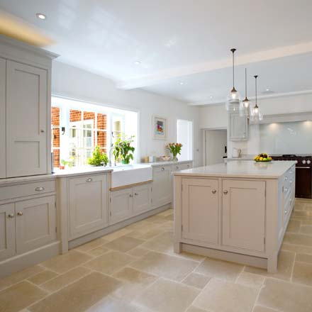Bespoke kitchen cabinets from Wychwood English Interiors